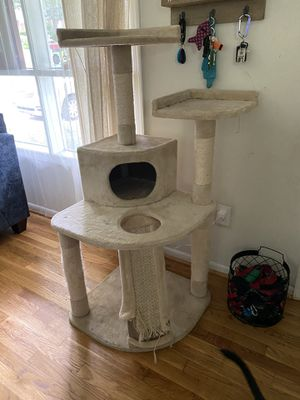 Cat tree for Sale in Silver Spring, MD