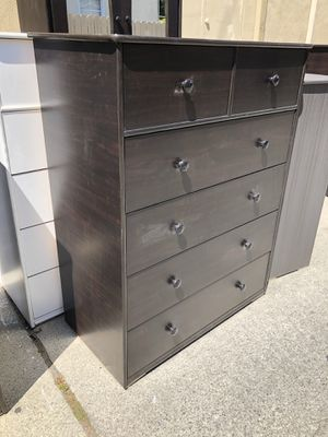 Jumbo dresser 6 drawers * we deliver * for Sale in Paramount, CA
