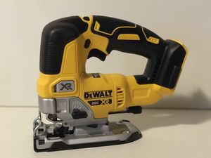 DEWALT 20v XR CORDLESS JIG SAW NO BATTERY OR CHARGER INCLUDED TOOL ONLY SOLO LA HERRAMIENTA for Sale in San Bernardino, CA