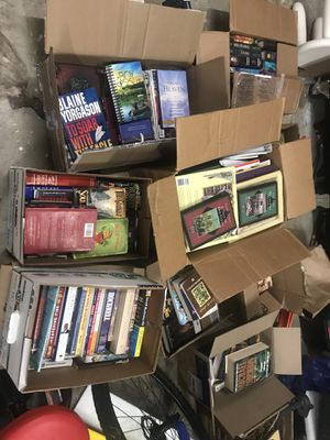 9 boxes of books for Sale in Kent, WA