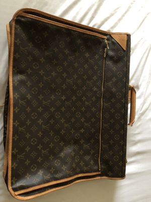 Louis Vuitton Garment Bag for Sale in Houston, TX