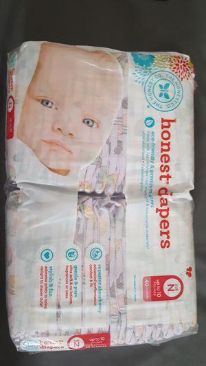 Honest Diapers 40 count Newborn for Sale in Perris, CA