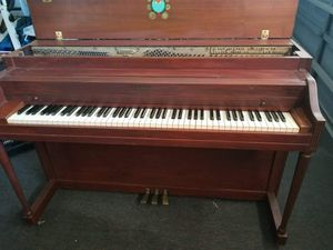 Lester upright piano for Sale in Madeira Beach, FL