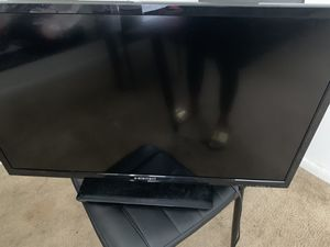 32 inch tv for Sale in Washington, DC