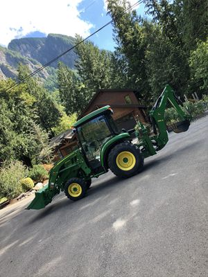3039R John Deere tractor for Sale in Snoqualmie, WA