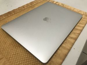 MacBook Pro 256GB with 3Yr Warranty AdobeCC FinalCutProXLogicProXAbletonLive10 for Sale in Hacienda Heights, CA