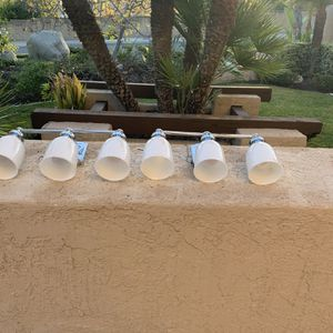 Beautiful 3 Light Fixtures for Sale in Mission Viejo, CA