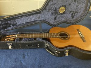 Córdoba C-5 classical guitar w/ humidifier case, electronic tuner, and extra set of strings for Sale in Kailua, HI
