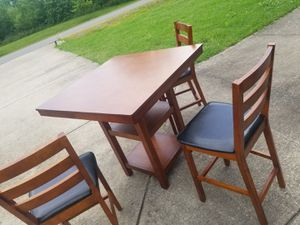 Table and 3 chairs for Sale in Murfreesboro, TN