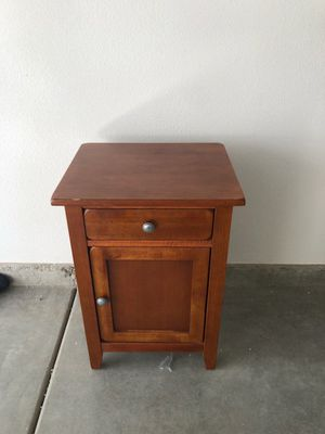 Side table for Sale in Chino, CA