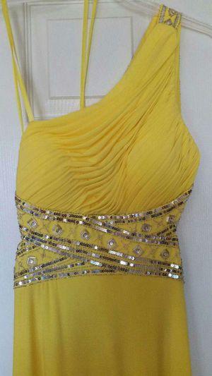 Elegant Dress Size 2 for Sale in Sellersville, PA