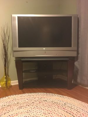 """50"""" SONY WEGA LCD HDTV & STAND! (Great Condition) for Sale in Wichita, KS"""