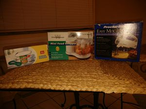 Can opener, mixer & Mini food chopper for Sale in Fairview Park, OH