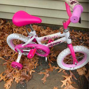 Little Girls Bike for Sale in Chelmsford, MA