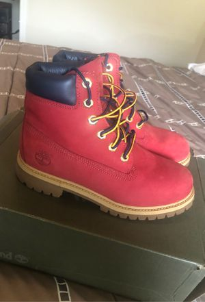 *LIKE NEW Grade School Size 4.5 Red and Blue Timberland Boots for Sale in Columbia, SC