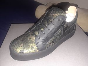 GIUSEPPE ZANOTTI LEATHER CAMO PAINTED SEATTLE MUSK for Sale in Silver Spring, MD
