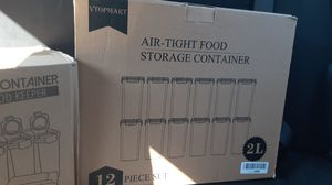 Vtopmart air tight food storage containers 2L for Sale in Des Plaines, IL