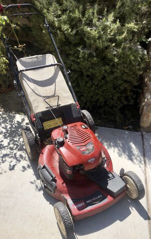 Lawn mower toro push 6.5hp excellent for Sale in San Diego, CA
