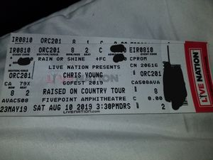 Chris Young 8/10 for Sale in Los Angeles, CA