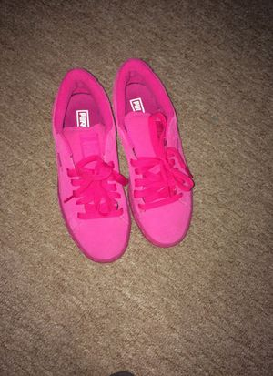 pink pumas 6y for Sale in Takoma Park, MD
