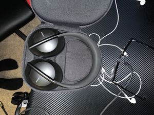 Bose headphones 700 for Sale in Orange, CA