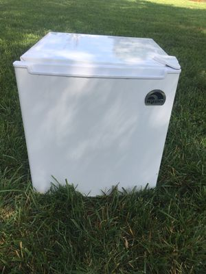 Dorm Igloo Fridge for Sale in Smyrna, TN