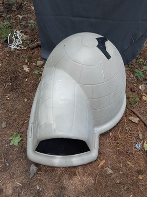 Medium sized dog house for Sale in Norcross, GA
