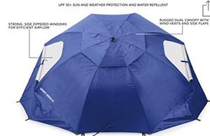 Sports Brella XL Used twice (BLACK NOT BLUE) for Sale in Puyallup, WA