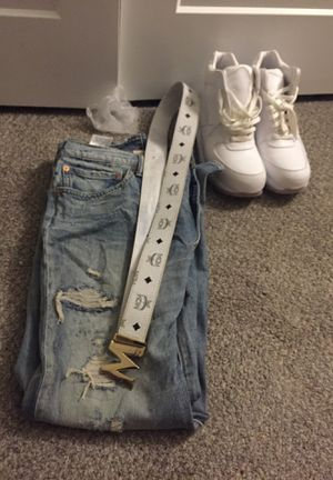 Combo for sale all white acgboots mcm belt and levi pants 40x30 for Sale in Amityville, NY
