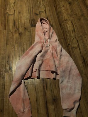 Very cropped hoodie, pink, large for Sale in Stanwood, WA