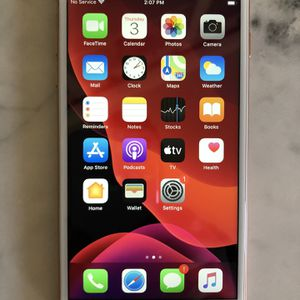 iPhone 8 Plus -64g —unlocked—no Scratches-perfect Condition for Sale in Murrieta, CA