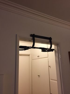 PULL UP BAR for Sale in Santa Monica, CA