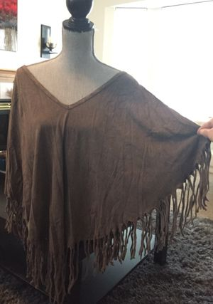 Woman's Brown cape hippie boho fringe Pancho shirt Medium! for Sale in Vancouver, WA