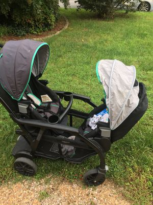 Double stroller for Sale in Richmond, VA