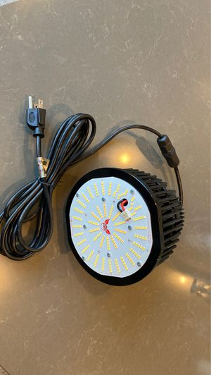 Chilled tech grow lamp for Sale in Lodi, CA