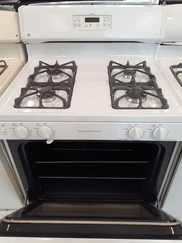Ge gas stove in good condition with 90 day's warranty