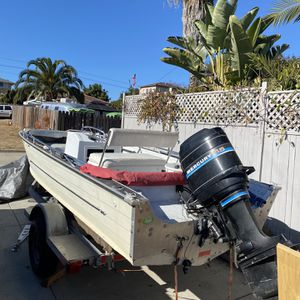 18 Ft Center Console Fishing Boat for Sale in San Diego, CA