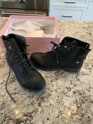 1a62e6a6ba20 Brand NEW crown vintage black lace up boots 7.5 for Sale in Lynnwood