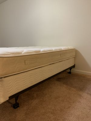 Bed frame,box and full size mattress for Sale in Bloomington, IL