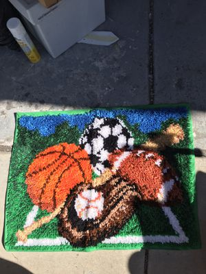 Free Hook tapestry/ mat for Sale in Chula Vista, CA