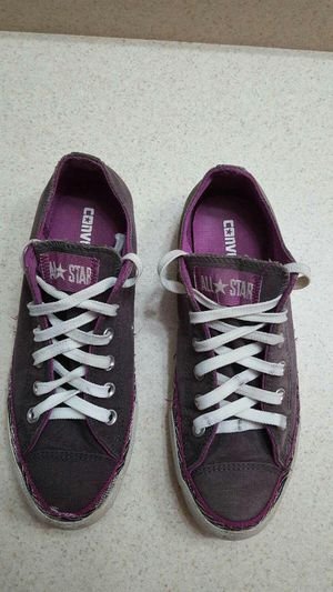 Converse purple color for Sale in Fort Worth, TX