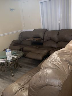 L Shape Chocolate Brown Sleeper Sofa for Sale in Baltimore,  MD