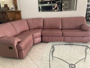 Lane leather sleeper sectional, with reclining for Sale in Fort Lauderdale, FL