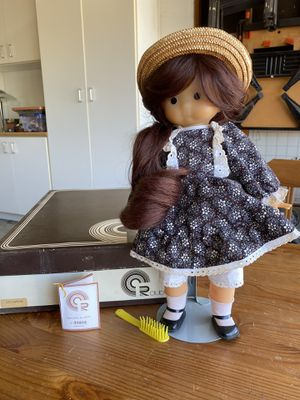 CR Club-France Vintage Celimene Doll for Sale in Foster City, CA