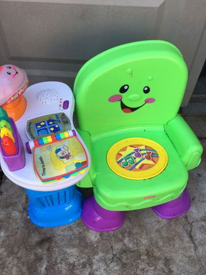 Kids chair $35 for Sale in Mesquite, TX