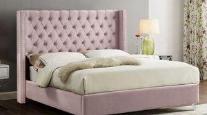 Pink queen velvet bed 🎈🎈🎈 for Sale in Fresno, CA