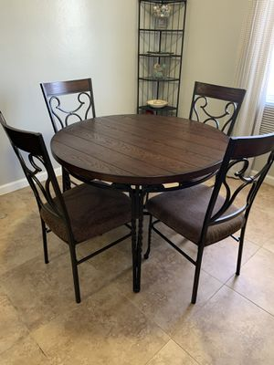 Kitchen table with 4 matching chairs for Sale in San Francisco, CA