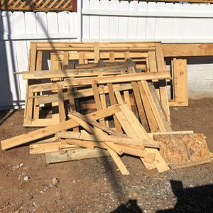 Free Wood for Sale in Escondido, CA