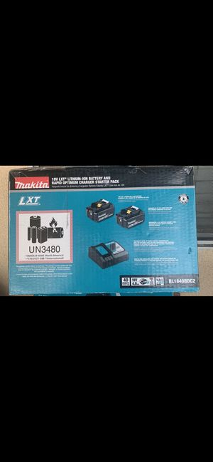 Makita Battery/charger starter pack brand new for Sale in Los Angeles, CA
