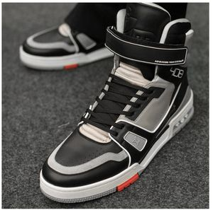 2019 LOUIS VUITTON HI TOP SNEAKERS for Sale in Silver Spring, MD